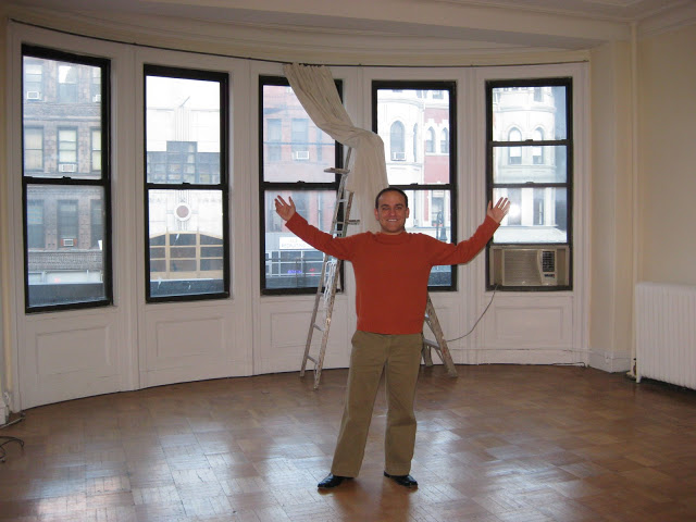 Movin' on up (movin on up!) to the Upper West Side!