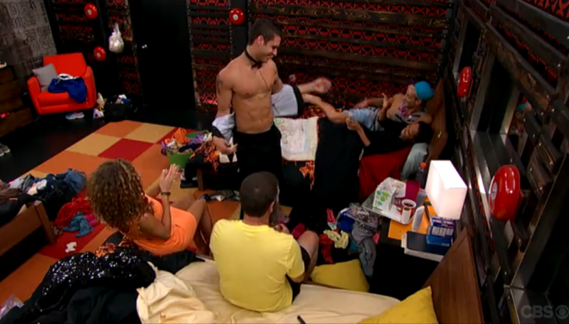BB16_Ep10_CodyDances