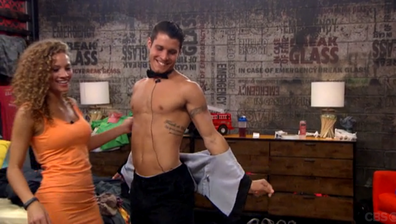 BB16_Ep10_AmberApprovesofCody