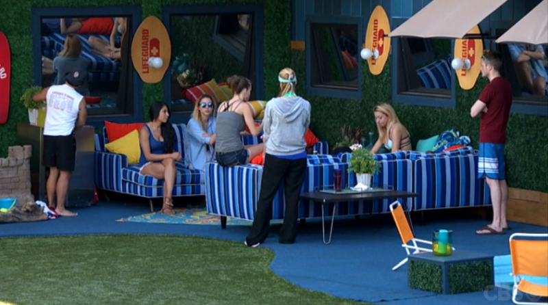 BB17_Ep19_Outside