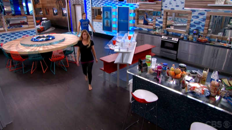 BB17_Ep19_ShelliObserves